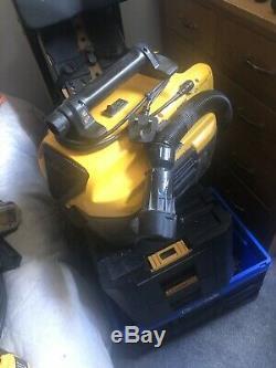DeWALT DCV584L Portable Vacuum 230V/14.4v/18V/54v (Body Only)