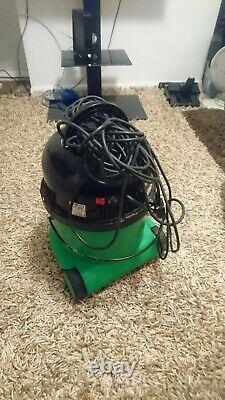 Henry George Wet & Dry Vacuum, 15 Litre, 1060 Watt, Green