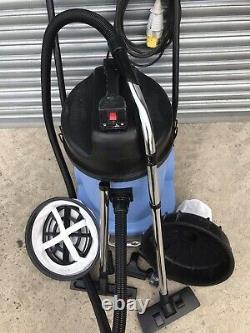 Numatic CVD900 Twin Motor 2200w 110v Wet / Dry Vacuum Cleaner /New Set Of Tool