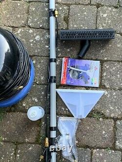 Numatic HENRY WASH Wet Dry Vacuum cleaner HVW370 nearly NEW, used ONCE