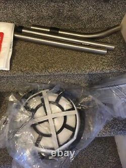 Henry George Wet And Dry Vacuum, 15 Litres, 1060 Watt, Vert