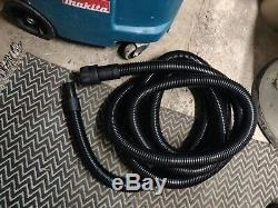 Makita 447m Wet & Dry Vide Aspirateur Tuyau Contrôle Vac M Classe De L'aspirateur