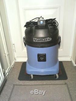 Numatic Wv570-2 Bleu Aspirateur Humide Industriel De La C / W Nouveaux Outils Gratuites Passer